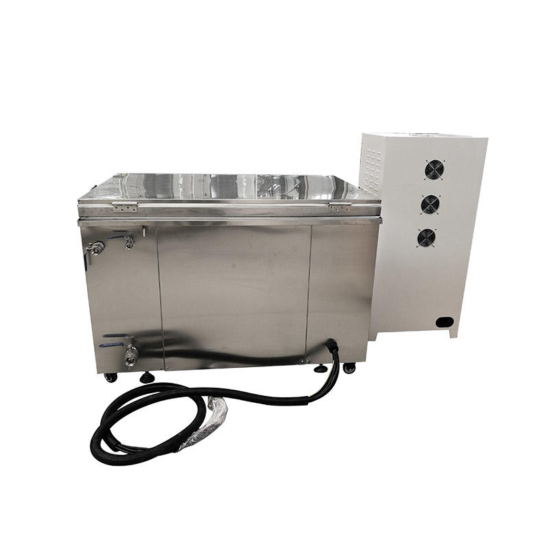 Circulating filter ultrasonic cleaner