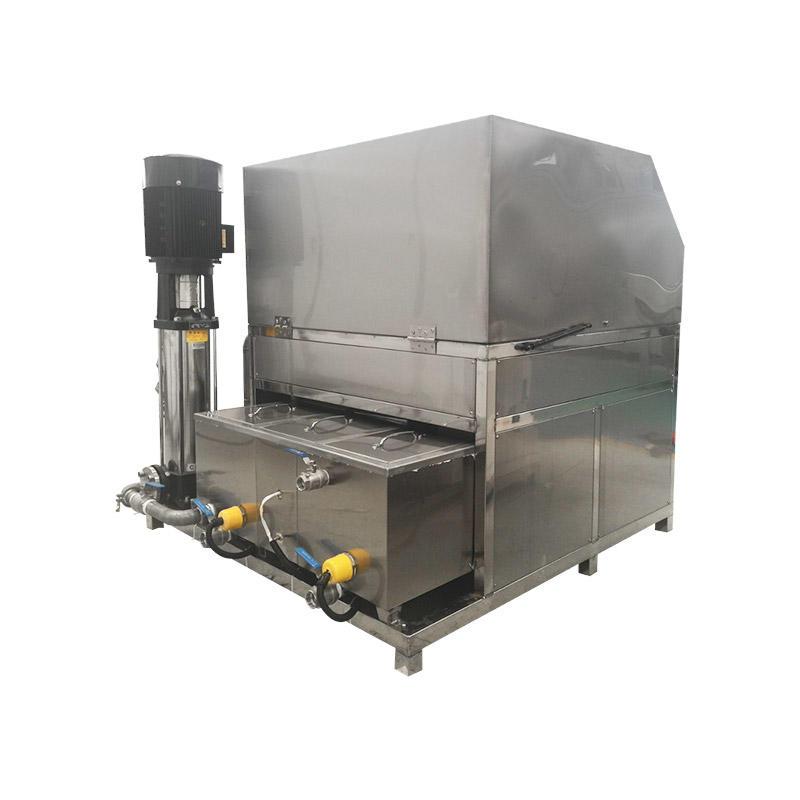 Industrial equipment spray cleaning machine